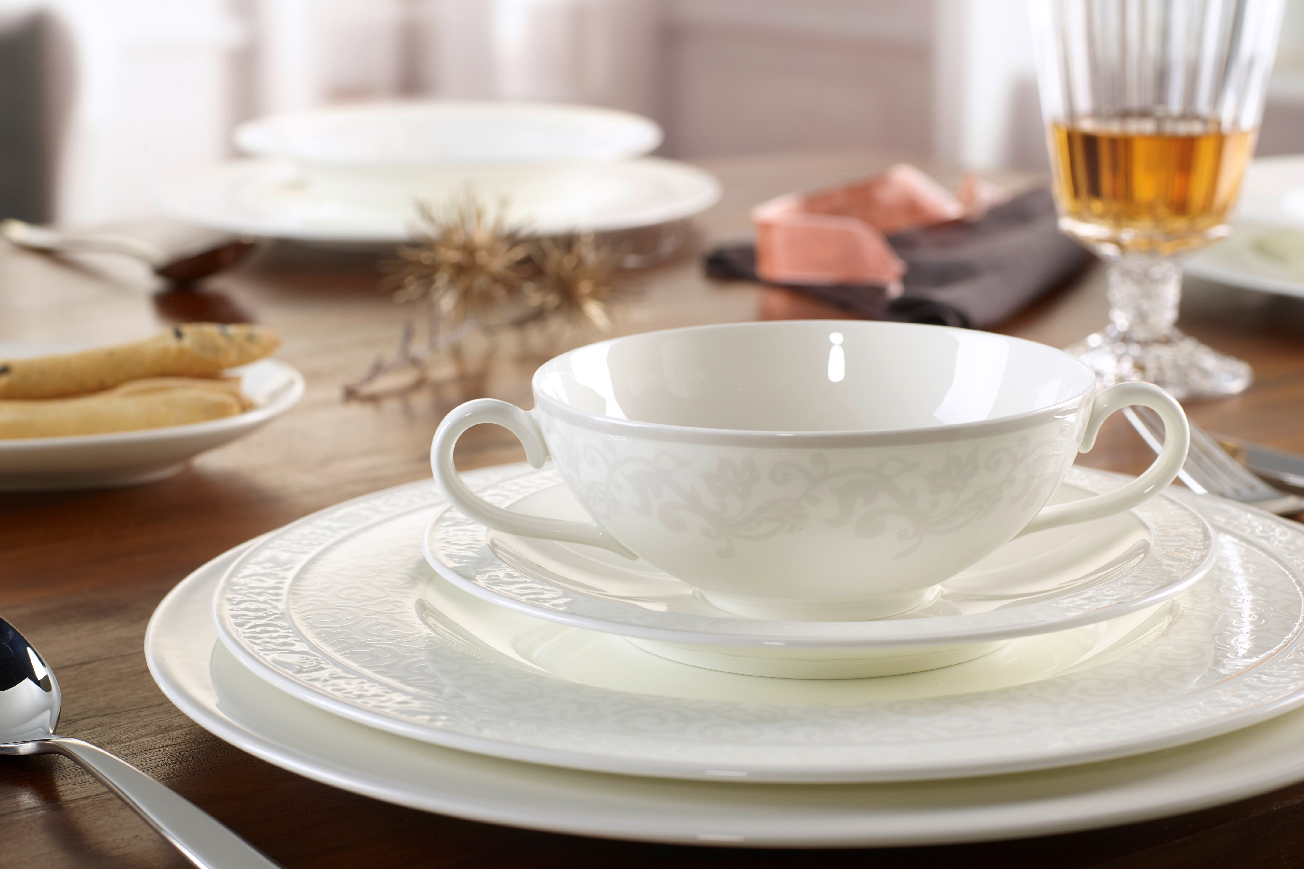 Villeroy boch gray pearl plates tea coffee for Villeroy and boch plates