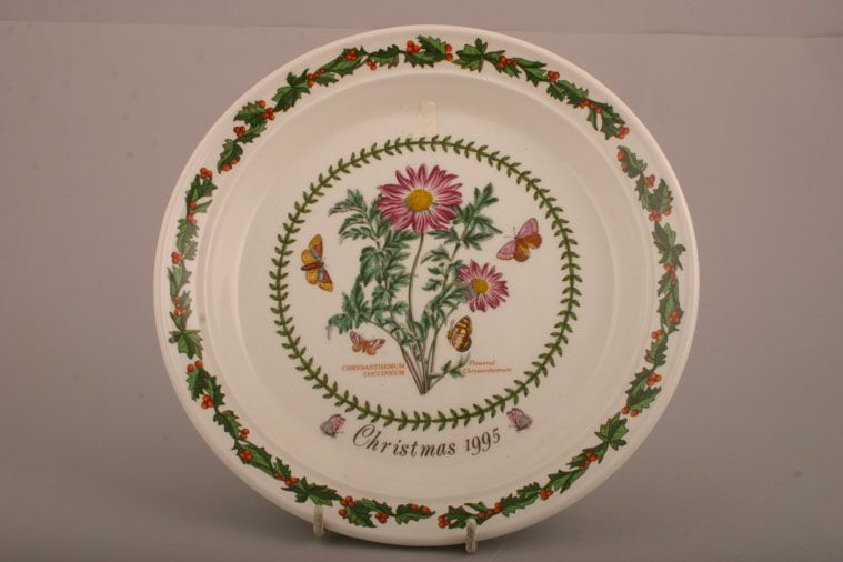 Portmeirion - Christmas Plates - Starter / Salad / Dessert Plate - Chrysanthemum Coccineum - Flowered Chrysanthemum - Christmas 1995 - Boxed