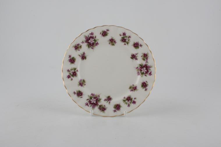 Royal Albert - Sweet Violets - Tea / Side / Bread & Butter Plate